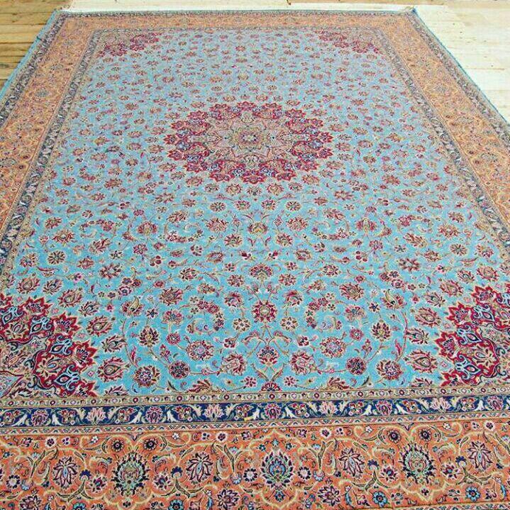 فرش دستباف پشمی ٣.٥*٢.٥ طرح ترنج آبی فیروزه ای ترنج محراب کاشان